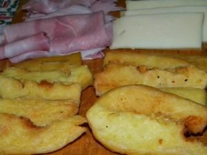 Panissa fritta formaggioe prosciutto cotto
