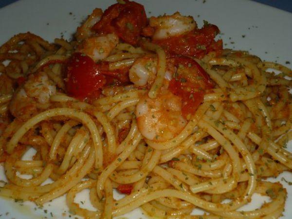 Spaghetti con mazzancolle e bottarga