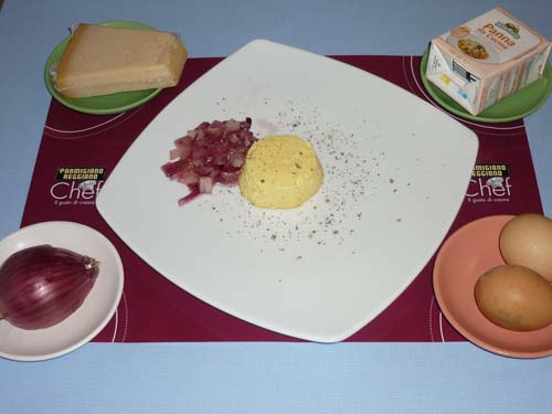 Sformato di parmigiano reggiano con cipolle rosse, per il contest 4cooking