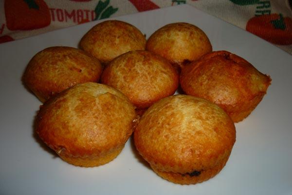 Muffin al formaggio con cuore di nduja